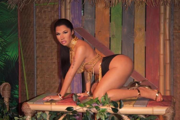 Minaj Wax